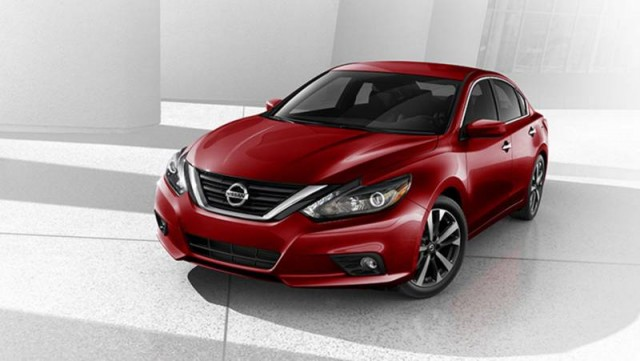Nissan Altima 2017 chiếc xe thay đổi mạnh mẽ.jpg