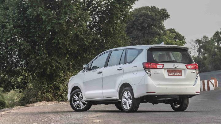 Ít chỗ bảo hành nếu mua ô tô Toyota Innova cũ nhập khẩu tại các đại lý nhỏ