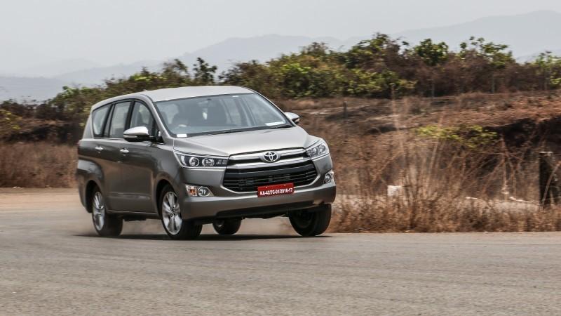 Ô tô Toyota Innova cũ nhập khẩu đạt tiêu chuẩn quố tế