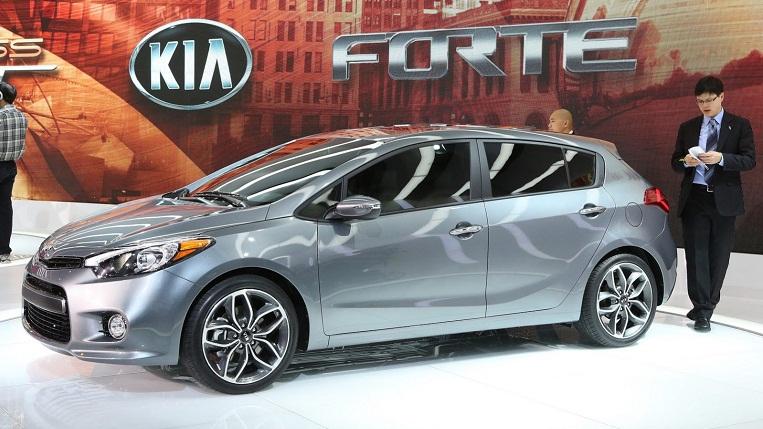 Bản Hatchback 5 cửa của Kia Forte lộ diện