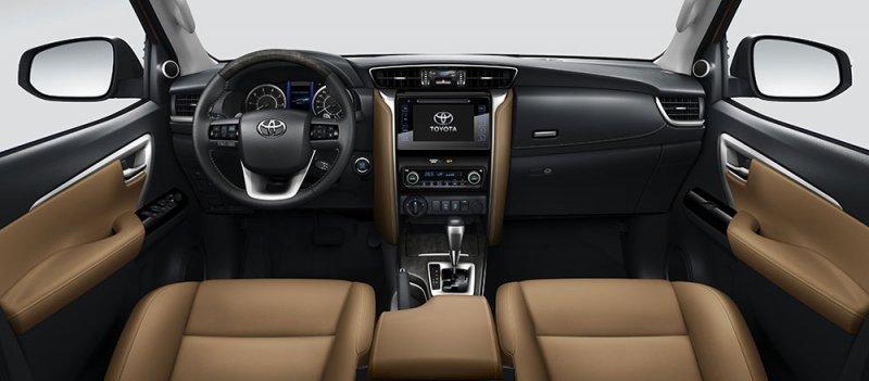 Cái tên sáng giá cho dòng xe gia đình - Toyota Fortuner 2017 (1).jpg