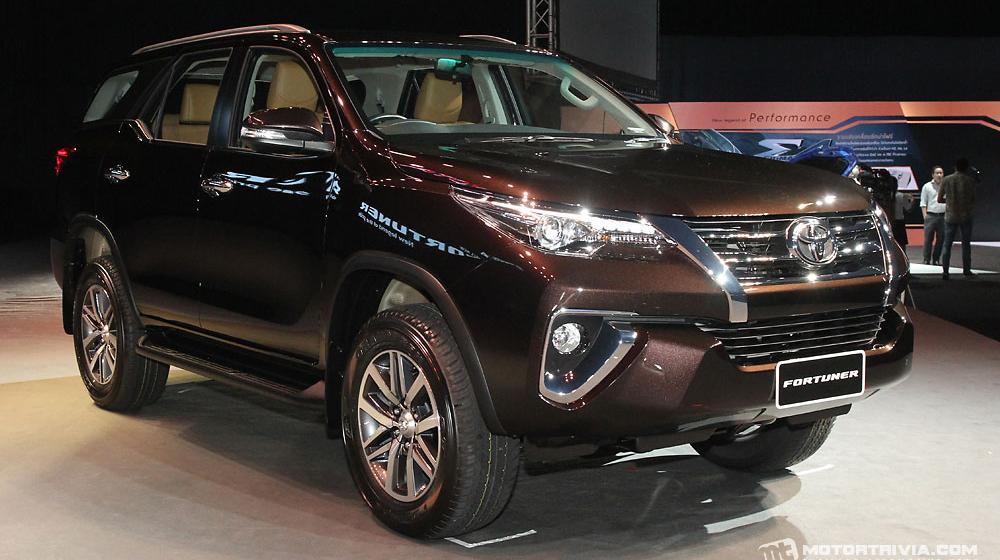 Cái tên sáng giá cho dòng xe gia đình - Toyota Fortuner 2017 (3).jpg