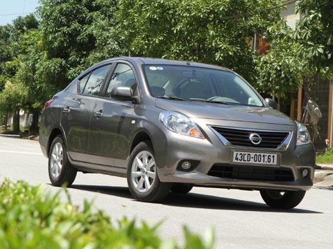 Nissan Sunny sở hữu thiết kế có phần cổ điển.jpg