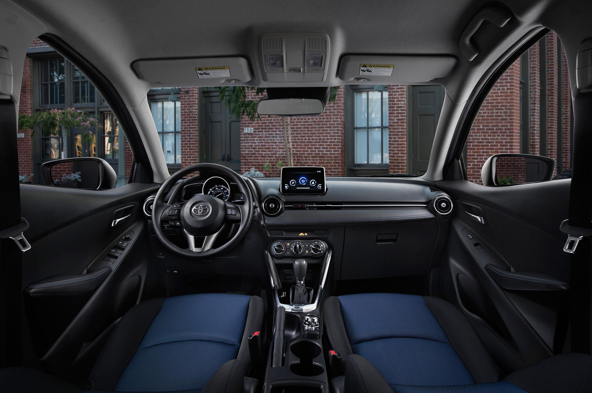 Chiêm ngưỡng vẻ đẹp có một không hai của Toyota Yaris 2017