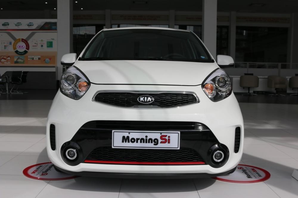 Cùng nhìn lại bảng giá xe của Kia Motors 8/2016 (P1)