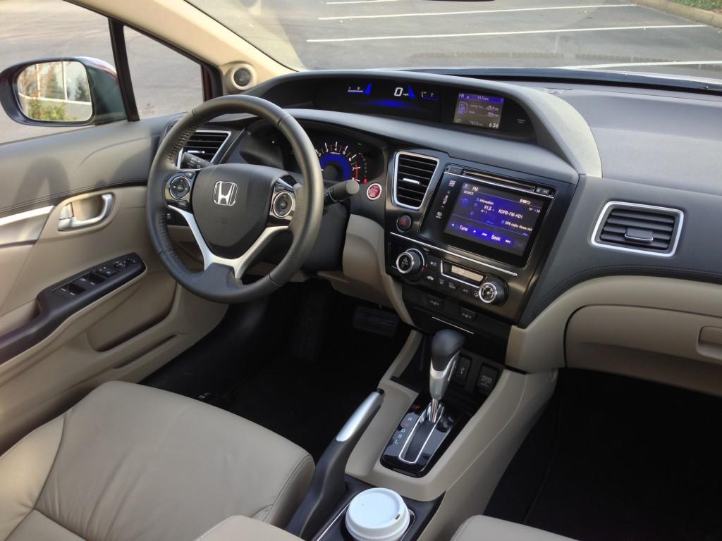 Đánh giá ngoại thất, nội thất xe Honda City 2015
