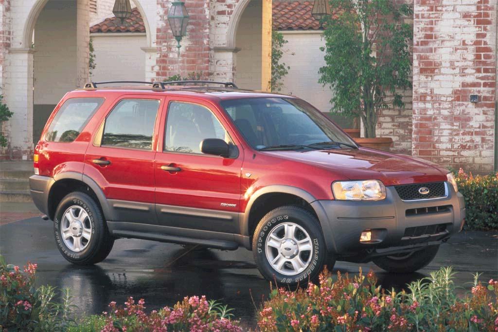 Ford Escape - Lựa chọn đáng cân nhắc khi tài chính eo hẹp