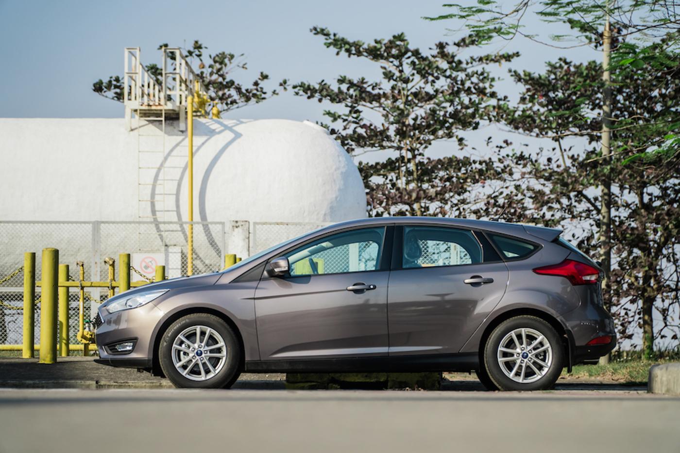 Ford Focus Trend động cơ mới đi cùng mức giá hấp dẫn