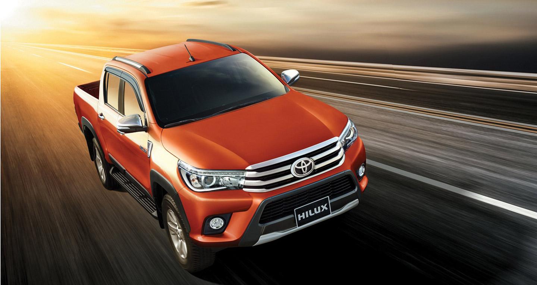 Khám phá vẻ đẹp ngất ngây của Toyota Hilux 2016