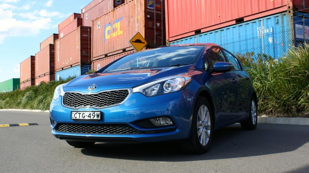 Kia Cerato 2015 sở hữu ngoại thất gì