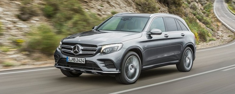 Mercedes-Benz-GLC-2016-800-1d.jpg