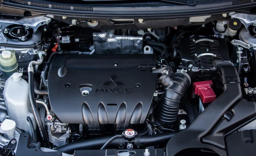Mitsubishi Lancer 2016 lão già gân trong phân khúc xe Sedan hạng trung