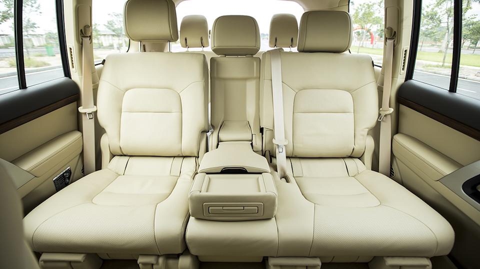 Một số cải tiến nổi bật về tiện nghi có trên Toyota Land Cruiser VX 2016
