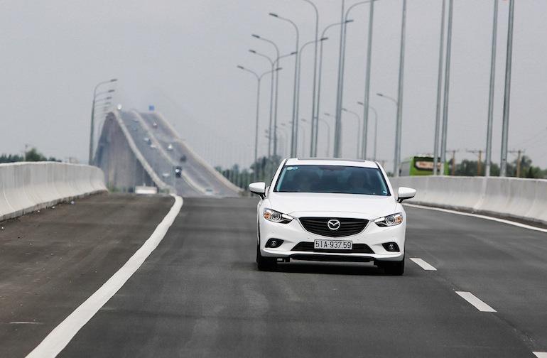 Ngoại hình ấn tượng của Mazda 6 2016
