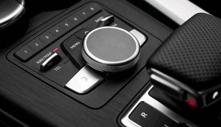 Nội thất và tiện nghi của Audi A4 2017
