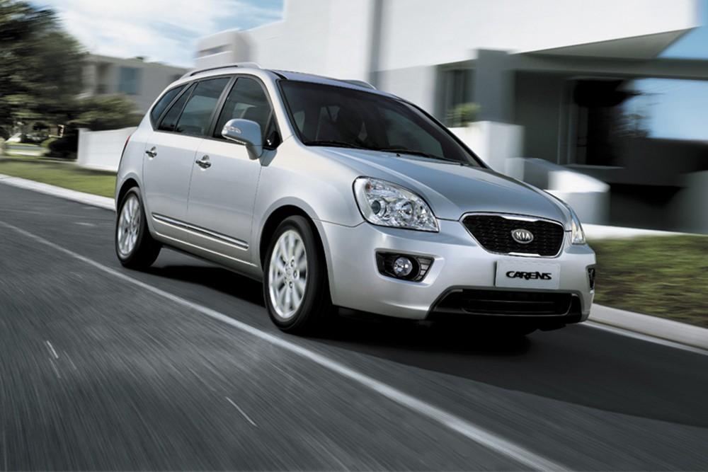 So sánh xe KIA Carens 2014 và Suzuki Ertiga