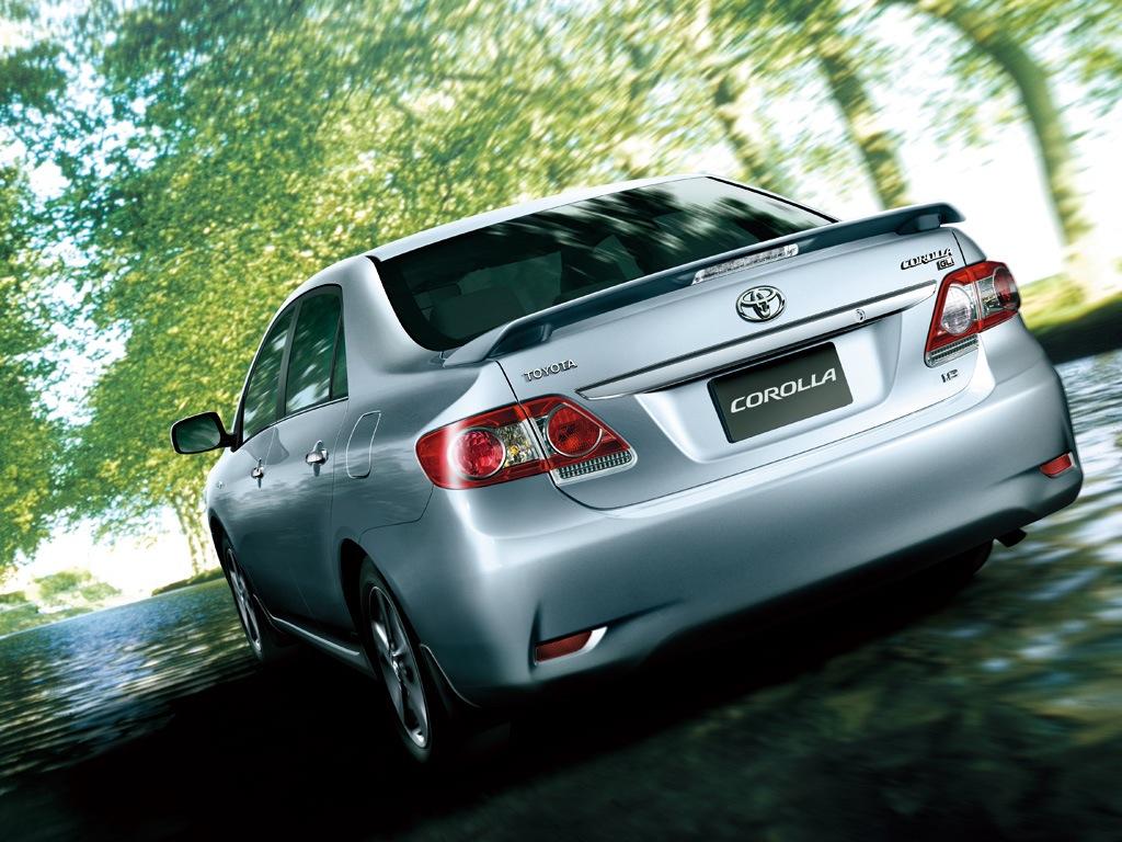 Toyota Altis 2013: Đơn giản mà vẫn đẳng cấp