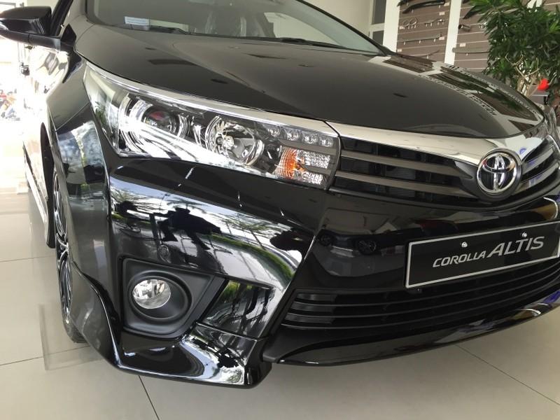 Toyota Altis 2014 với ngoại hình mới mẻ ra mắt tại Việt Nam
