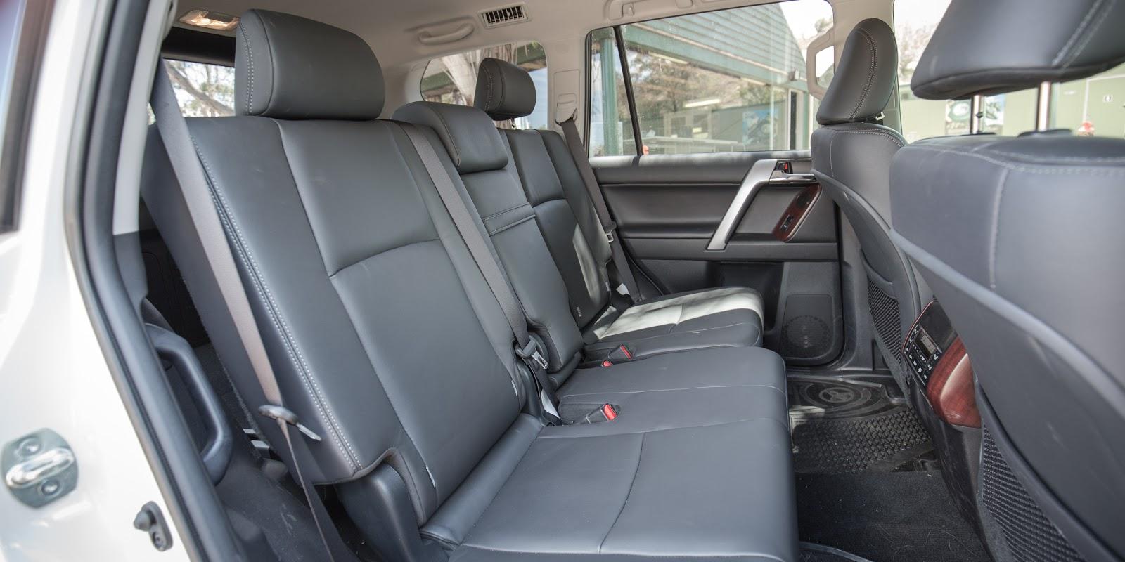 Toyota Land Cruiser Prado 2016 - chiếc xe làm chủ mọi địa hình
