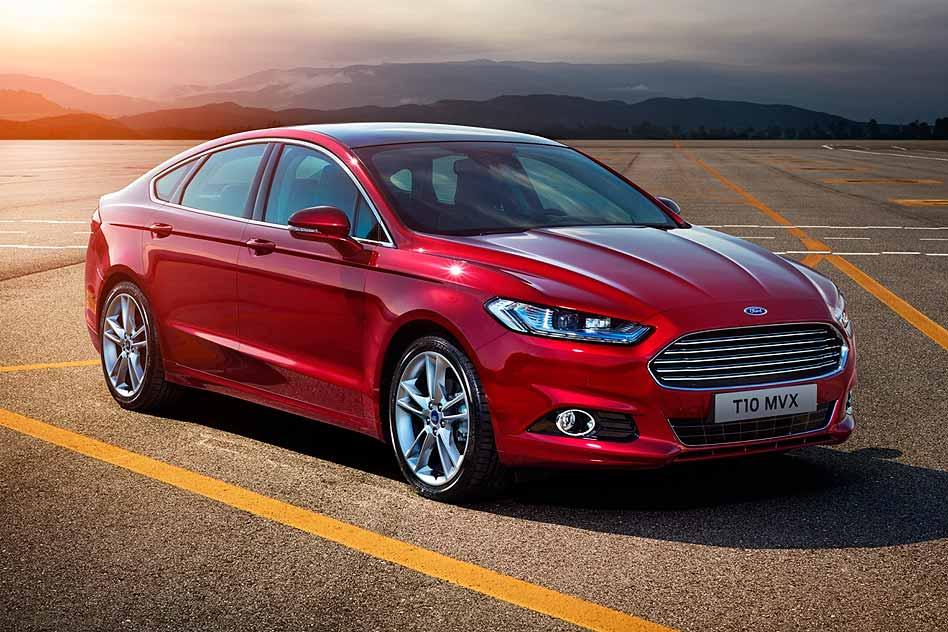 Trang bị nổi bật trên Ford Mondeo 2015